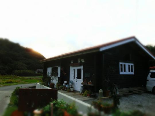 淡路島のおしゃれな雑貨屋さん「山櫻」外観