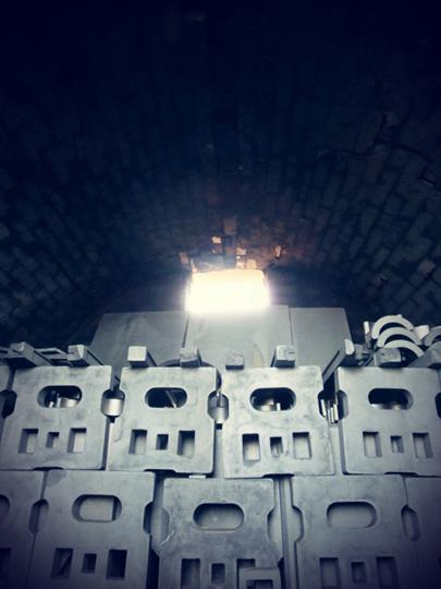 窯だし前の達磨窯の内部